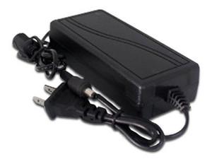 Adaptador de corriente GHIA GVA-002, 12V a 3A, para equipos CCTV.