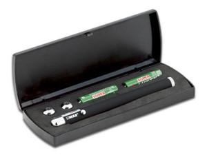 Apuntador láser MAE ILP-10 con estúche de plástico. Color Negro.