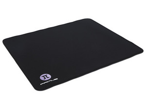 Mouse Pad Gaming Primus PMP-01L, con costuras y base antideslizante.