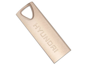 Unidad Flash USB 2.0 Hyundai de 32GB. Color Dorado.