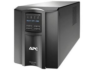 Batería de respaldo Smart-UPS APC SMT1500C de 1440VA/1000W con 8 contactos NEMA 5-15R, 120V.