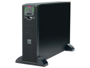APC Smart-UPS SURTA3000XL de 3000 VA (2100 W) con 8 Conexiones.