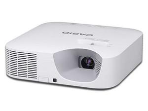 Proyector Híbrido Casio XJ-V10X, resolución de 1,024 x 768, contraste 20,000: 1 y 3,300 ANSI-Lumens.