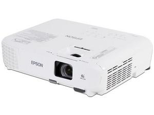 Proyector Epson Home Cinema 760HD, resolución 1280 x 800, Contraste 15,000:1 y 3,300 ANSI-Lumens.