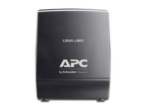 Regulador APC Line-R 600VA / 300W, con 8 contactos NEMA 5-15P.