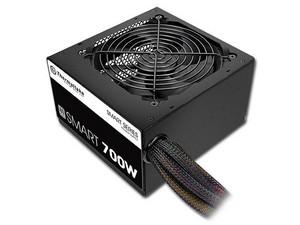 Fuente de Poder Thermaltake Smart de 700W, con ventilador de 120mm, ATX, 80 PLUS.