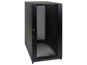 Gabinete Tripp Litepara servidores de profundidad estándar SmartRack de 25U con puertas y paneles laterales. Color Negro.