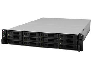 Servidor de Almacenamiento NAS Synology RS2418RP con 12 Bahías para Disco de 3.5, 4 Puertos Gigabit, 4 GB DDR4, hasta 144 TB (No incluidos).