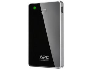 Batería Portátil recargable APC Mobile PowerPack de 12,000 mAh con carga rápida. Color Negro.